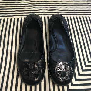Tory burch black patent leather flats size 8